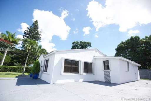 5830 SW 58th Ter - Photo 1