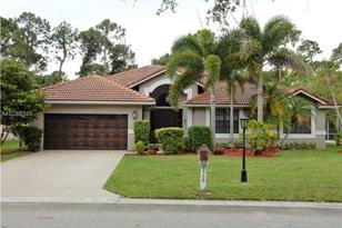 8522 NW 43rd Ct - Photo 1