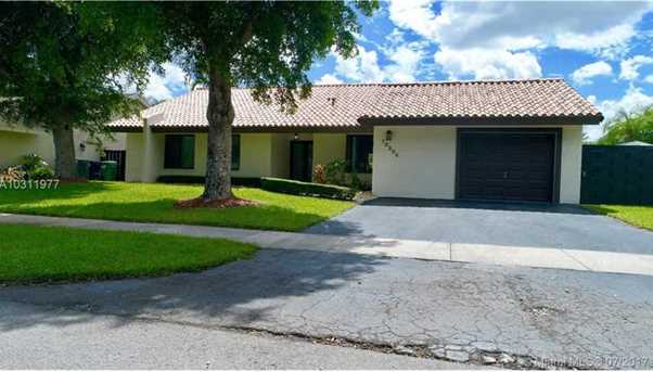 10504 SW 131st Ct - Photo 1
