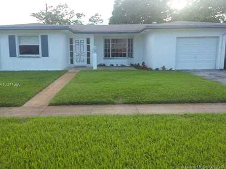 2267 NW 32nd Ter - Photo 1