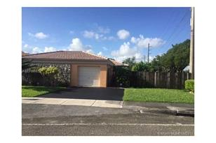 11620 SW 82nd Ter - Photo 1