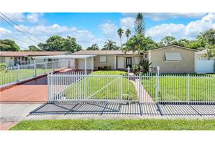 14115 NW 17th Ave - Photo 1