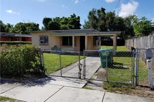 2180 NW 100th St - Photo 1