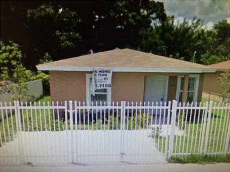 1922 NW 60 St - Photo 1