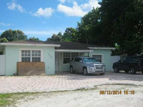 3180 NW 90 St - Photo 1