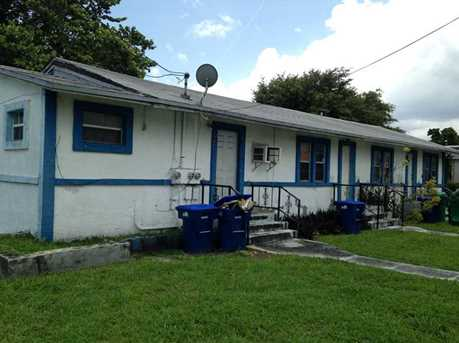 2900 NW 60 St - Photo 1
