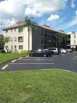 7720 NW 50 St Unit #301 - Photo 1