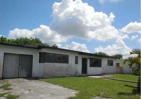 4025 NW 195 St - Photo 1