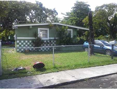 1826 NW 64 St - Photo 1