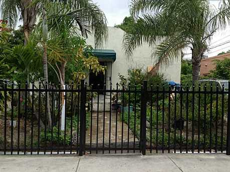 1177 NW 30 St - Photo 1