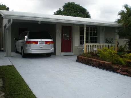 675 Nw 35 Ct - Photo 1