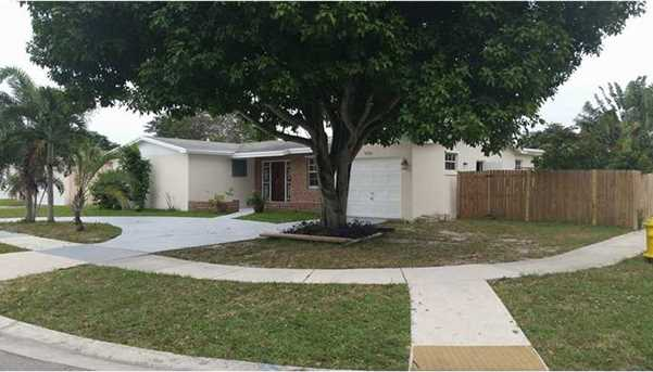 6598 NW 3 St - Photo 1