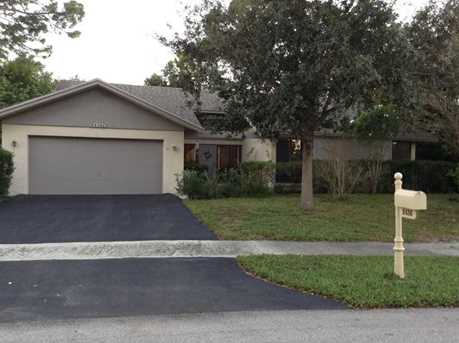 2436 Nw 30 St - Photo 1