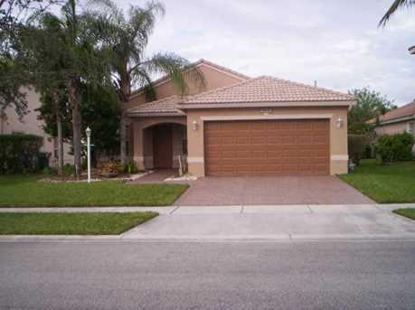 14221 NW 22 St - Photo 1