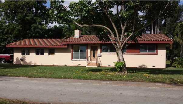 983 Morningside Dr - Photo 1