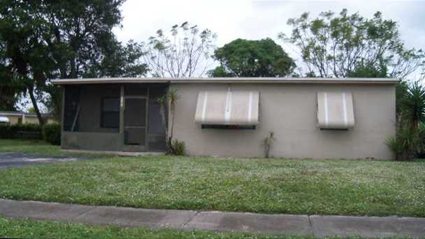 2461 NW 17 St - Photo 1