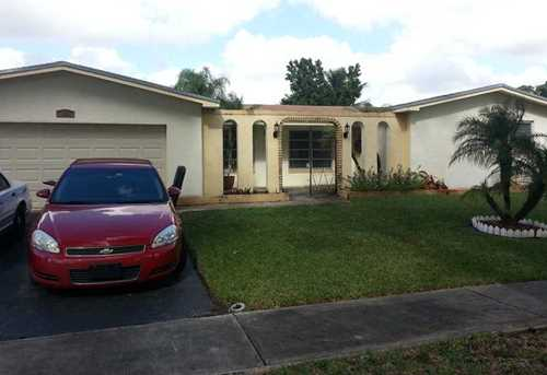 11931 NW 20th St - Photo 1