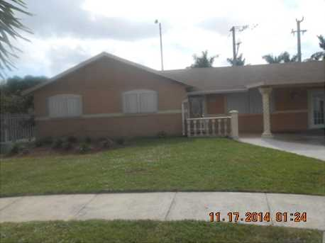 3400 NW 200 St - Photo 1