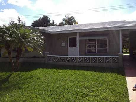 7204 NW 57th Ct - Photo 1