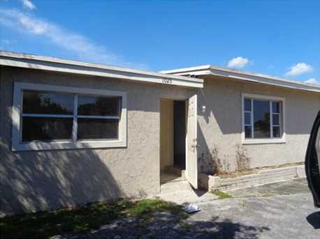 1025 Nw 11Th Pl - Photo 1