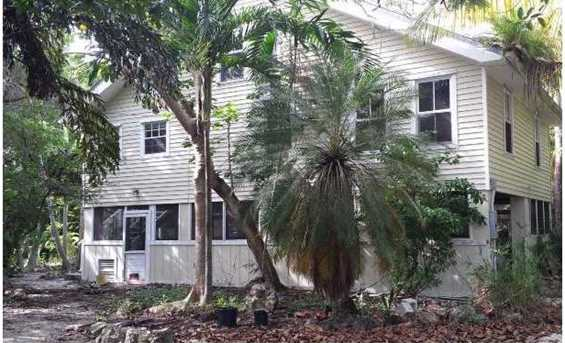 2350 Tampa Rd - Photo 1