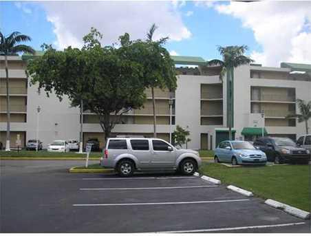 8870 Fontainebleau Bl Unit #403 - Photo 1