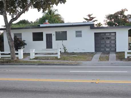 450 NW 125 St - Photo 1