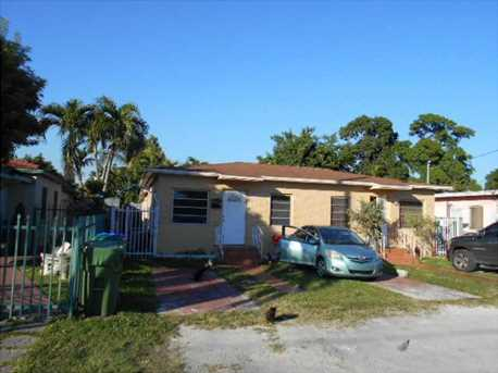 3445 NW 1 St - Photo 1