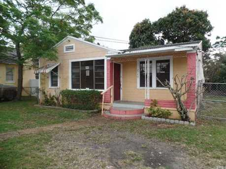 2748 NW 31 St - Photo 1