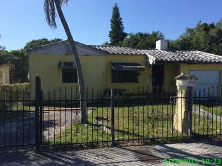 100 NW 68 St - Photo 1