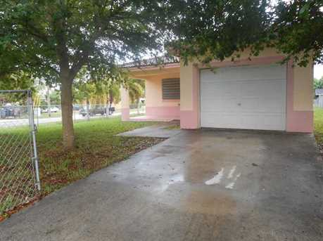 903 NW 3 St - Photo 1