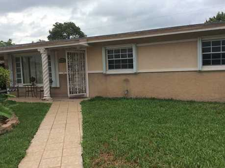 4951 Nw 173 St - Photo 1