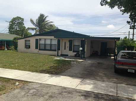 660 Nw 17 St - Photo 1