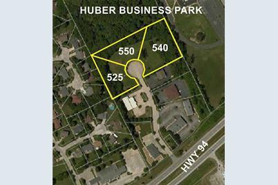 540 Huber Park - Photo 1