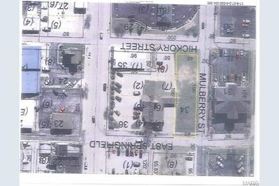 200 East Springfield Avenue - Photo 1