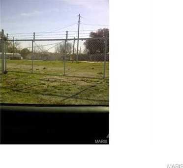 13480 Veterens Memorial Parkway - Photo 5