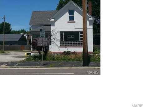 721 Lemay Ferry Road - Photo 1