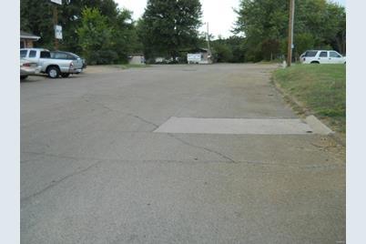 607 Rose Lane - Photo 1