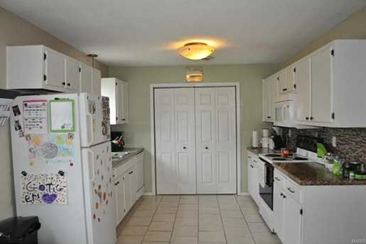 15008 Tampa Rd - Photo 9