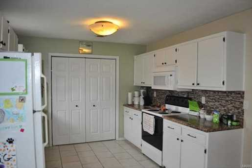 15008 Tampa Rd - Photo 11