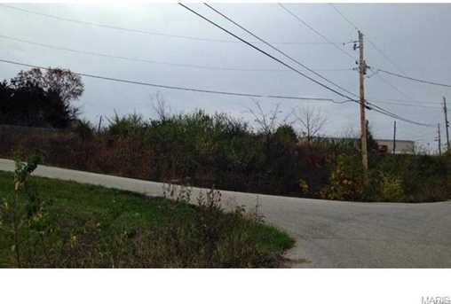 5716 Grizzley Drive - Photo 3