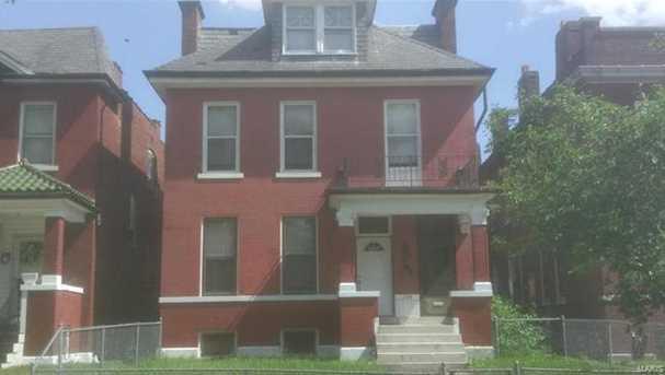 4538 Red Bud Avenue - Photo 1