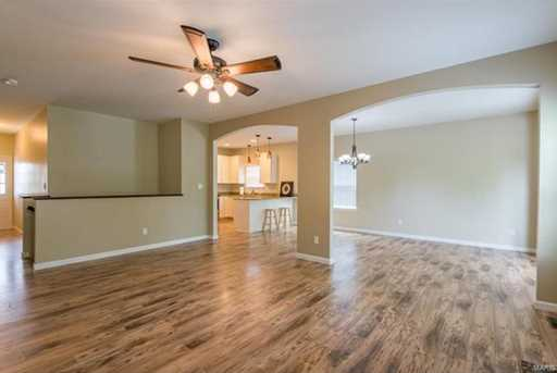 10945 Clydesdale Manors - Photo 3