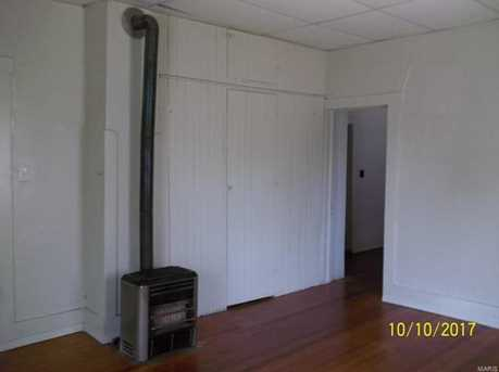 209 South Court - Photo 5