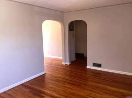 5818 Rhodes Avenue - Photo 3