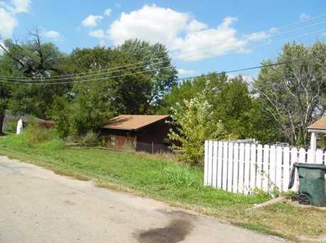 217 Oak Street - Photo 3