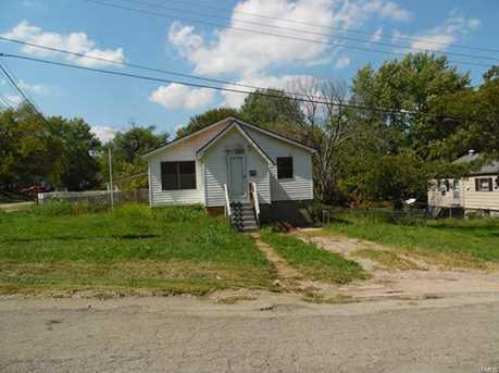 217 Oak Street - Photo 1