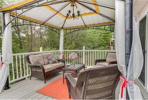 560 Hickory Manor - Photo 33