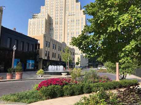 55 Maryland Plaza #2-W - Photo 34