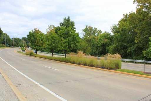 13980 Olive Boulevard - Photo 11